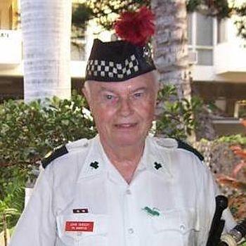 Dr John Sheedy, bagpiper Hawaii