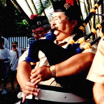 Gary Kanaya, Bagpiper Hawaii